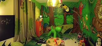 jeux de décoration de chambre de bébé awesome decoration chambre bebe jungle photos design trends 2017