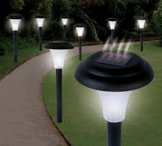 Solar Powered Landscape Lights Ideaworks Jb5629 Solar Powered Led Accent Light Set Of 8 String
