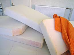 fabriquer coussin canapé coussins canapé sur mesure