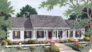 colonial house designs house plan 40022 at familyhomeplans
