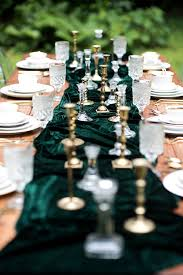 emerald green table runners 13 velvet wedding ideas that are crushing it aisle society