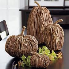 this entry is part of 9 in the series cozy fall decorating ideas