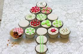 christmas mini cupcakes u2013 happy holidays