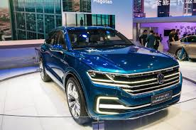 volkswagen u0027s electric car commitment 20 additional plug ins by 2020