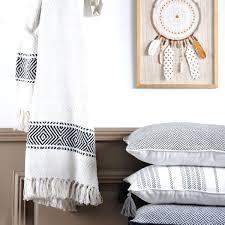 jeté de canapé blanc jete de canape plaid dessus lit kerala moins cher blanc pas gris