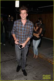 charlie puth jeans charlie puth has a fun night at the nice guy photo 981311