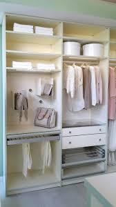 Schlafzimmerschrank Mit Aufbauservice Die Besten 25 Kleiderschrank Ideen Auf Pinterest
