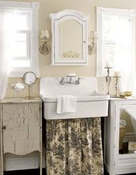 old fashioned bathroom designs 1000 images about vintage bathrooms