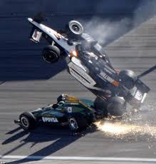 formula 4 crash dan wheldon crash video indycar champion dead after 15 car pile