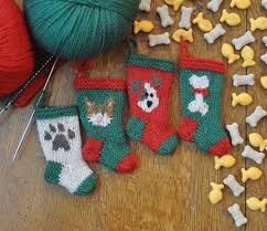 knitted christmas dog and cat knitted christmas ornaments knitting