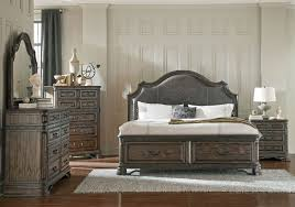 Traditional Style Bedrooms - traditional bedroom furniture