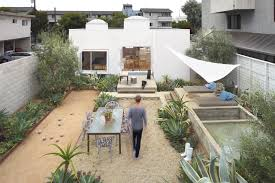 venice modern home tour preview venice architects and backyard