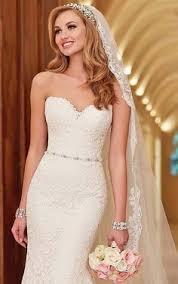 wedding hair veil 4 half up half bridal hairstyles with veil wedding hair