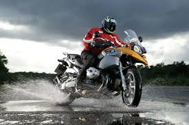 motorcycle riding gear wet weather motorcycle riding tips visordown