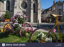 Medieval Decorations by Floral Decorations Dedicated Tour De France Stopover City