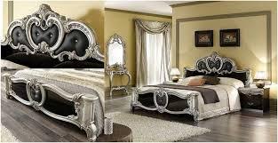 chambre style baroque chambre style baroque beige tête lit capitionné cuir noir console