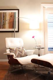 White Leather Bedroom Chair Fancy Bedroom Chairs Amazing The Five Hottest Ways To Use Leopard