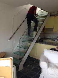 barandilla de cristal escalera en cristal con pasamano de acero inoxidable y barandilla en