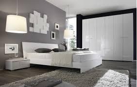 schlafzimmer einrichten schlafzimmer geräumiges schlafzimmer einrichtungen beispiele