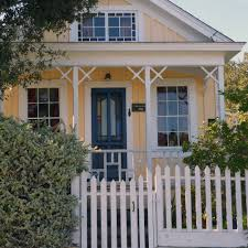 colonial house with farmers porch porch landscaping ideas for your front yard and more