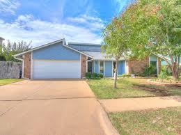 laminate flooring edmond estate edmond ok homes for sale