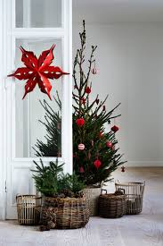 Christmas Decoration Images 27 Easy Christmas Home Decor Ideas Small Space Apartment
