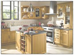 relooker une cuisine relooker meuble cuisine avec relooker cuisine en chene gallery of