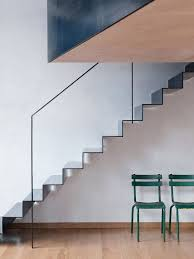 Metal Banister Rail Best 25 Metal Stairs Ideas On Pinterest Industrial Stairs