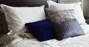 How To Wash Your Duvet A Quick Guide To Washing Your Duvet Butlerz Dry Cleaners