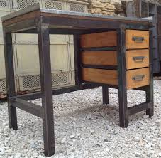 bureau industriel metal bois etabli bureau metal 3 tiroirs bois 1950 patine mettetal industry