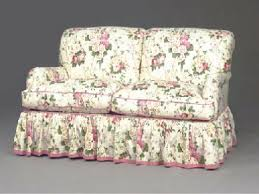 Floral Sofas In Style 22 Collection Of Chintz Floral Sofas Sofa Ideas