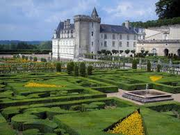 chateaux and wine around villandry the gardens of the château de villandry tourism guide