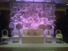 wedding backdrop paper flowers help paper flower wall backdrop how do i get it on the