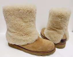 s ugg australia chestnut mini boots ugg australia maylin boot 1 customer review and 1 listing
