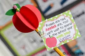 school gifts free back to school apple gift tags mrs jones creation station