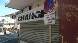 bureau de change à un ligoté et séquestré pour le braquage d un bureau de change