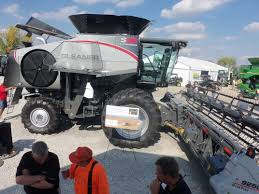 gleaner s88 from the stand gleaner combines pinterest