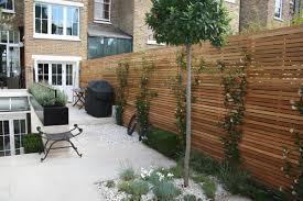 Small Contemporary Garden Ideas Small Contemporary Modern Garden Design In Jardins Et