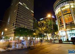 Chicago Hotels Map Magnificent Mile by Magnificent Mile Magnificent Mile Shops In Chicago
