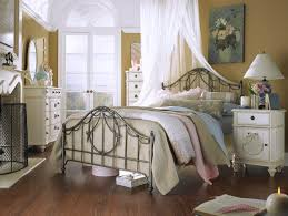chic bedroom ideas shab chic bedroom ideas for a vintage bedroom look