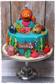 63 best cake nemo images on pinterest character cakes birthday