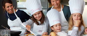 cours cuisine enfant cours cuisine pâtisserie parent enfant école scook pic valence
