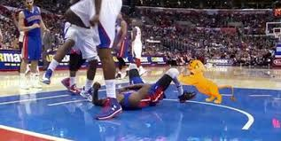 Deandre Jordan Meme - 5 great reactions to deandre jordan s dunk on brandon knight
