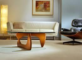 Noguchi Floor Lamp Furnitures In Kitchen Dining Space Features Noguchi Cyclone Dining
