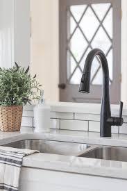 Kitchen Faucets For Farm Sinks Best 25 Farmhouse Kitchen Faucets Ideas On Pinterest Cottage