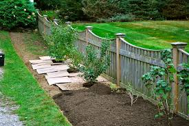 Simple Garden Fence Ideas Fall Landscaping Ideas Garden With Rustic Fence Garden Fence Plant