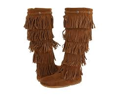 minnetonka womens boots size 11 minnetonka 5 layer fringe boot at zappos com
