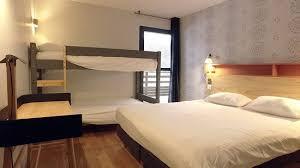 chambre lit superposé chambre 5 personnes composée d un lit d un lit superposé et