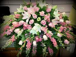 how to make a casket spray best 25 casket sprays ideas on funeral flowers
