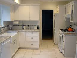 Shaker Style Kitchen Cabinets White Kitchen Cabinets Shaker Style Shaker Style Kitchens Decohubs